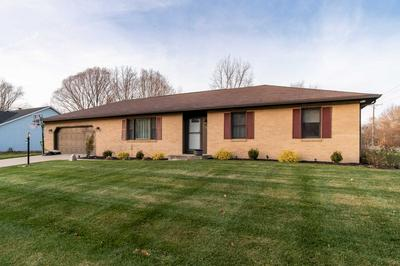 19025 PELICAN COVE CT, South Bend, IN 46637 - Photo 2