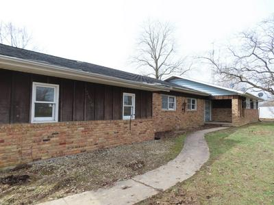 5826 E RIVER RD, Montpelier, IN 47359 - Photo 1
