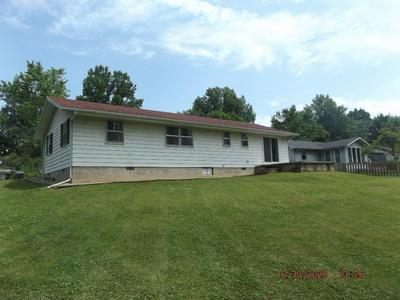 595 W RIVERWOOD DR, Albany, IN 47320 - Photo 2
