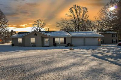 420 S APPLE RD, Osceola, IN 46561 - Photo 1