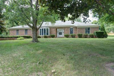 403 SKYVIEW DR, Middlebury, IN 46540 - Photo 2