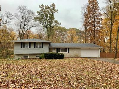 1074 N FARMINGTON DR, Crawfordsville, IN 47933 - Photo 1
