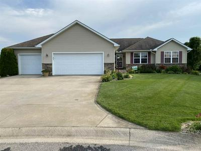 23956 AUTUMNVIEW LN, Elkhart, IN 46517 - Photo 1