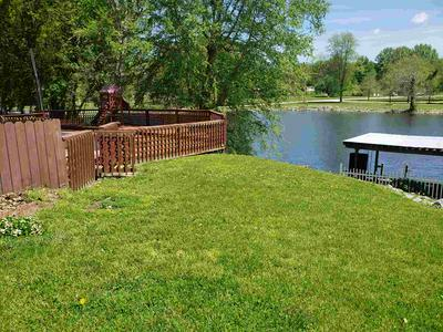 2124 LAKEVIEW DR, Washington, IN 47501 - Photo 2