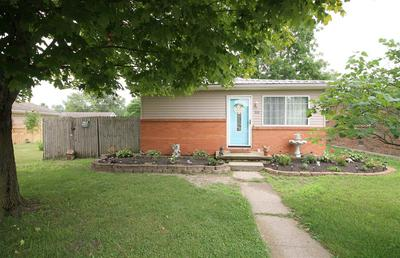 909 W CLEVELAND ST, Hartford City, IN 47348 - Photo 1