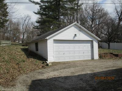 4605 MIDDLE MOUNT VERNON RD, EVANSVILLE, IN 47712 - Photo 2