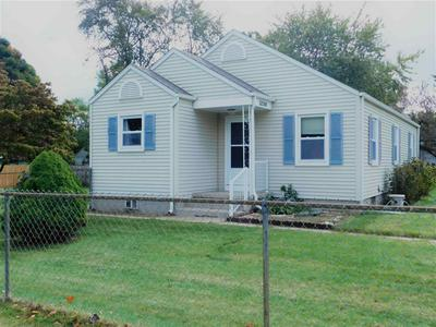52196 MYRTLE AVE, South Bend, IN 46637 - Photo 2