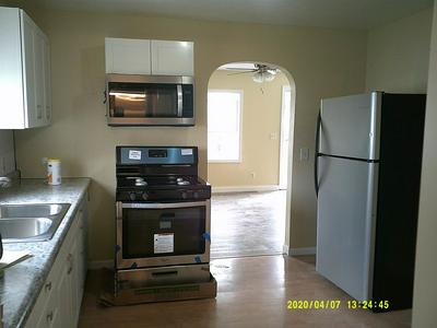 1018 W ADAMS ST, PLYMOUTH, IN 46563 - Photo 2