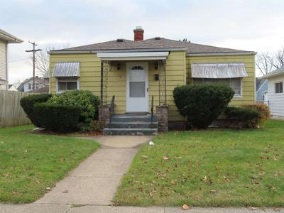 2706 HARTZER ST, South Bend, IN 46628 - Photo 1