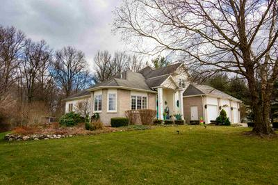 51622 STEEPLE CHASE DR, Granger, IN 46530 - Photo 2