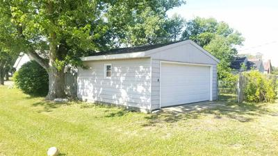 604 W HOWARD ST, Parker City, IN 47368 - Photo 2