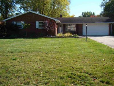 9441 CARRIAGE LN, Fort Wayne, IN 46804 - Photo 2