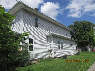 1408 11TH ST, Lawrenceville, IL 62439 - Photo 2