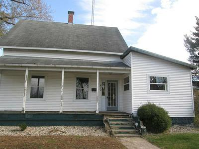 423 PIERCE ST, PLYMOUTH, IN 46563 - Photo 1