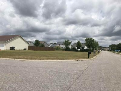 1404 GREEN GRASS DR, Osceola, IN 46561 - Photo 1
