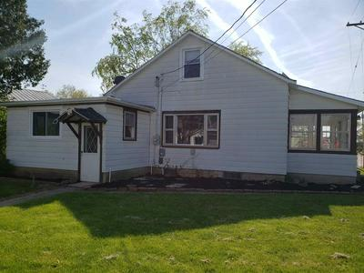 325 LINCOLN ST, Auburn, IN 46706 - Photo 2