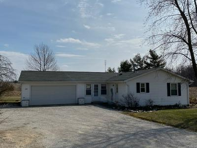 2093 COUNTY 00 W, KENDALLVILLE, IN 46755 - Photo 2