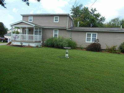 2700 COLONIAL GARDEN RD, Evansville, IN 47715 - Photo 1