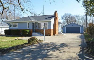 513 W WASHINGTON ST, FAIRMOUNT, IN 46928 - Photo 1