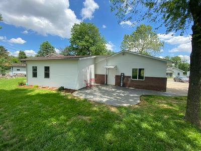 608 INDIANA ST, Bicknell, IN 47512 - Photo 2