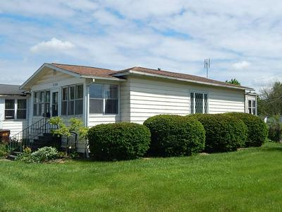 726 W SOUTH ST, Bluffton, IN 46714 - Photo 1