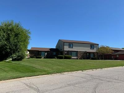 18125 CROWNHILL DR APT B, South Bend, IN 46637 - Photo 1