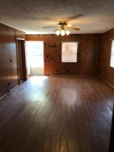 220 W 10TH ST, Bicknell, IN 47512 - Photo 2