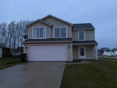 15629 TWIN WILLOW DR, Huntertown, IN 46748 - Photo 1