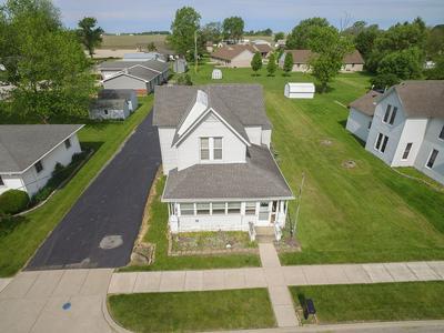410 S RANGE ST, Wolcott, IN 47995 - Photo 2