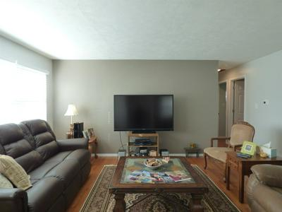 407 OSTEMO PL, South Bend, IN 46617 - Photo 2
