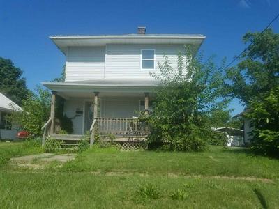 1408 11TH ST, Lawrenceville, IL 62439 - Photo 1