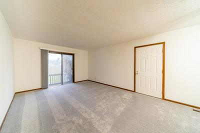 805 CLARINET BLVD E # 805, Elkhart, IN 46516 - Photo 2