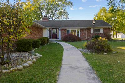6309 SHARON DR, Fort Wayne, IN 46825 - Photo 2