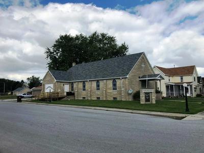 204 N BILL ST, Francesville, IN 47946 - Photo 2