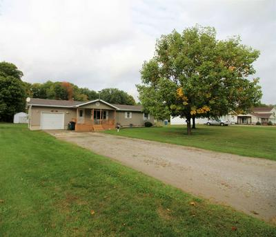 470 W GREENWOOD DR, Kendallville, IN 46755 - Photo 2