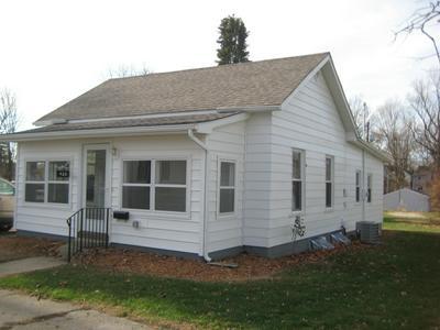 428 FREEMAN ST, Kendallville, IN 46755 - Photo 1