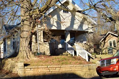 409 E UNIVERSITY ST, Bloomington, IN 47401 - Photo 2