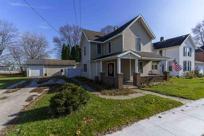 251 S HIGH ST, Roanoke, IN 46783 - Photo 2