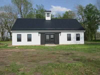 1506 S STATE ROAD 19, Bourbon, IN 46504 - Photo 1