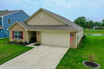 1726 SHADOWBROOK DR, Marion, IN 46953 - Photo 2