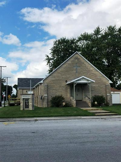 204 N BILL ST, Francesville, IN 47946 - Photo 1