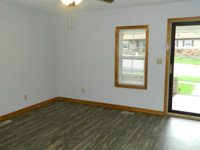 2121 F ST, Bedford, IN 47421 - Photo 2