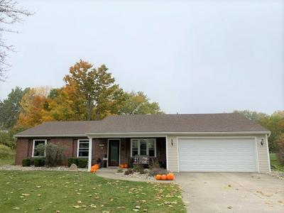 1107 RILEY RD, Kendallville, IN 46755 - Photo 1