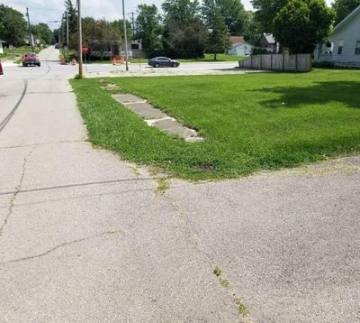 226 N MAIN ST, Dunkirk, IN 47336 - Photo 1