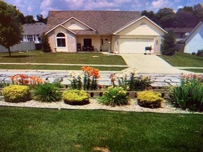 2023 GRANNY SMITH PL, Kendallville, IN 46755 - Photo 2