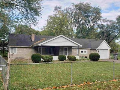 52685 FORESTBROOK AVE, South Bend, IN 46637 - Photo 2