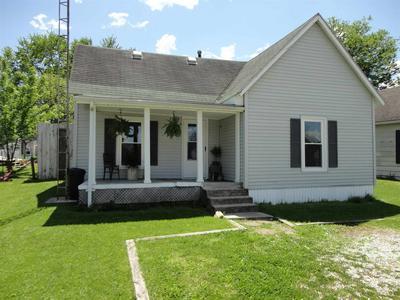 1010 W WARREN ST, Mitchell, IN 47446 - Photo 1