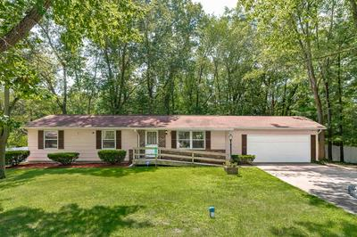 57191 PINEWOOD DR, South Bend, IN 46619 - Photo 1