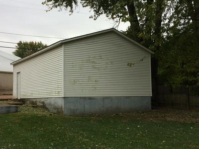 1111 S MCDONALD ST, Attica, IN 47918 - Photo 1
