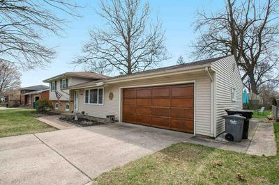 19210 DRESDEN DR, South Bend, IN 46637 - Photo 2